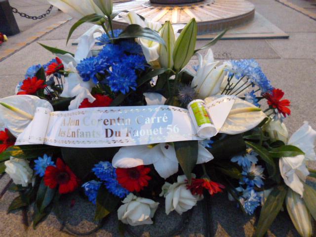 Commémoration du centenaire de la mort de Jean-Corentin Carré par les élèves du groupe scolaire du Brugou