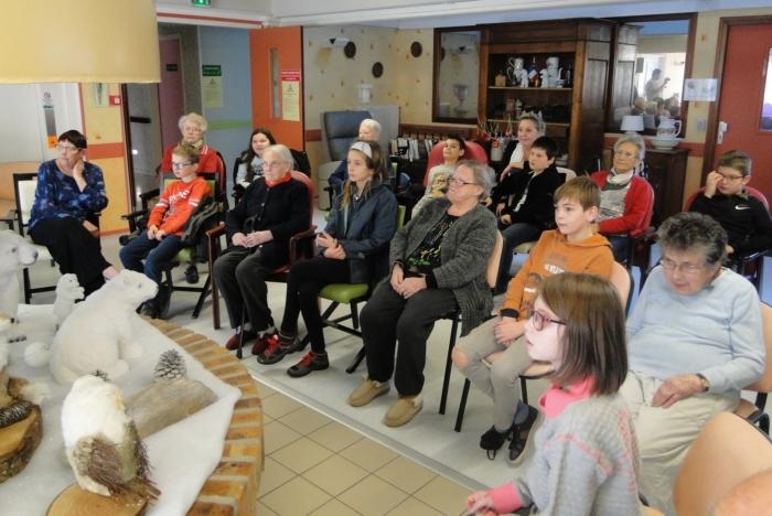 Noël avec les enfants du Groupe scolaire du Brugou ©patrick-lebris
